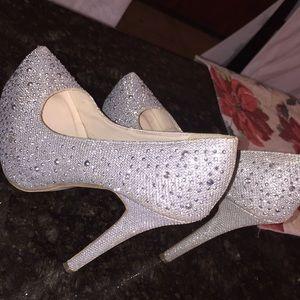Very pretty high heels